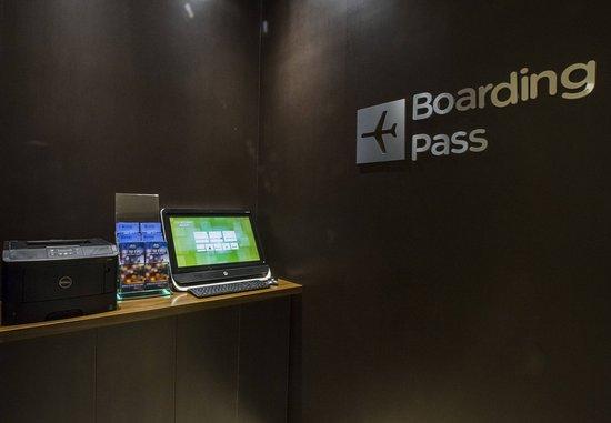 Pearl, MS: Boarding Pass Kiosk
