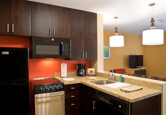 Garden City, KS: Suite Kitchen