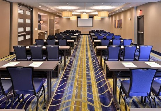 Cary, Carolina del Norte: Meeting Room – Classroom Setup