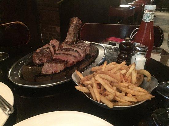 Keens Steakhouse 사진
