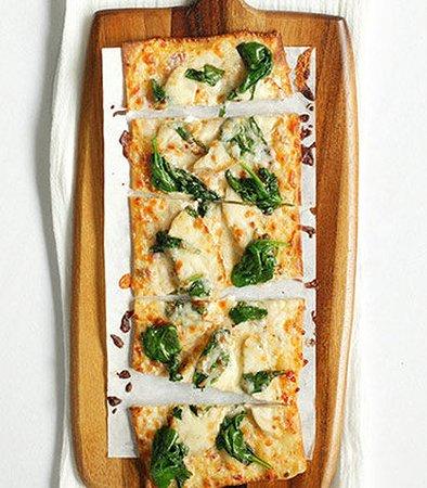 Sunnyvale, Californien: Spicy Chicken & Spinach Flatbread