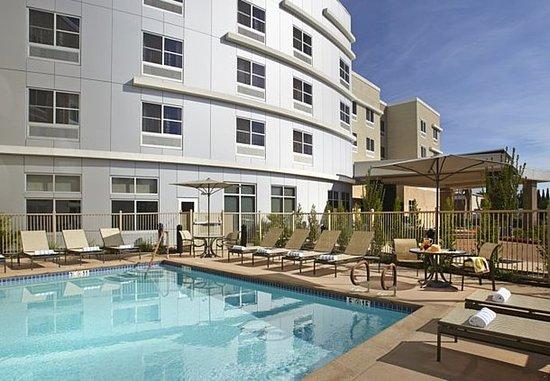 Sunnyvale, Californien: Outdoor Pool