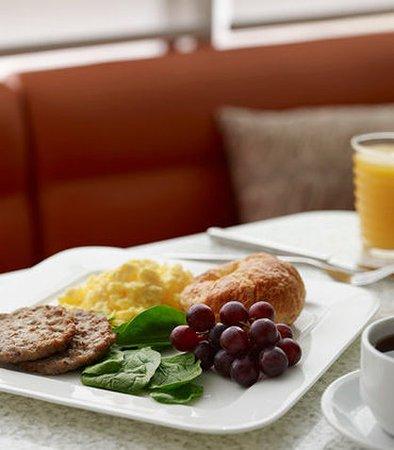 North Canton, OH: Breakfast Eggs & Salsa