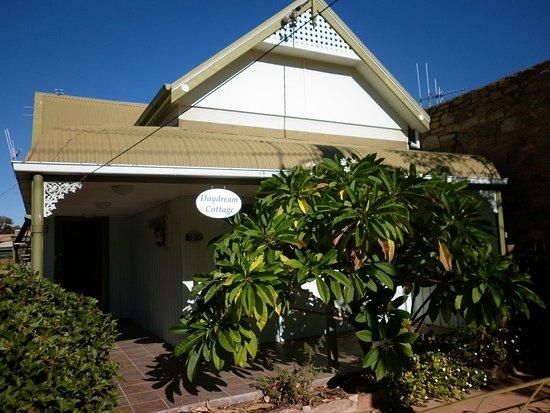 Broken Hill, Australia: Daydream Cottage