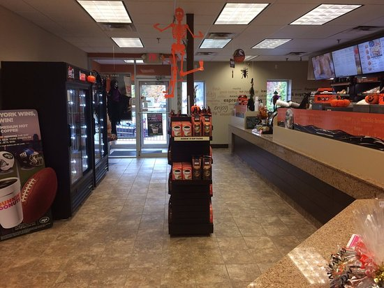 Paramus, NJ: Newly renovated dnd (rear) during Halloween time