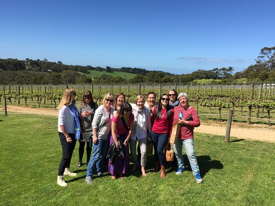 Richmond, Australia: group photo at montalto
