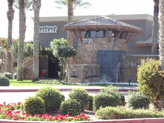 the top 10 things to do near hyatt place phoenix  gilbert