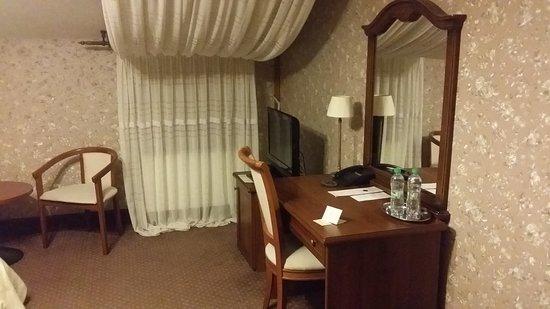 Hotel Ayvazovsky: 20161020_045443_large.jpg