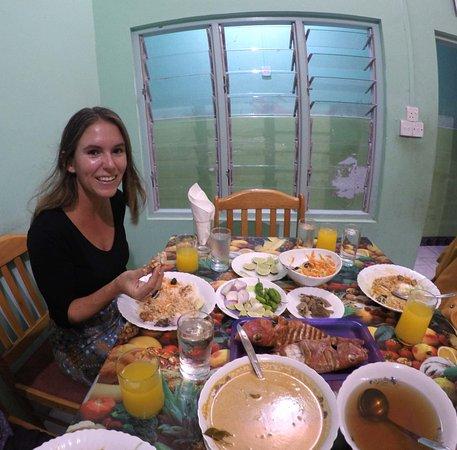 Hulhumale: Local Dinner Guraidhoo Island - you.theworld.wandering