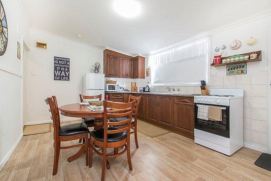 Angaston, Australie : Cottage 2 Kitchen