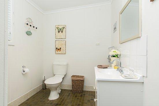 Angaston, Australie : Cottage 2 Bathroom