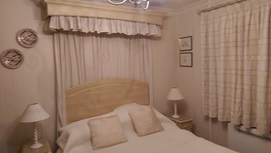 Llanrug, UK: The beautiful decorated interior of this 3 bedroom B&B