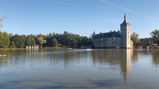 Holsbeek, Belgium: Uitzicht op het Kasteel van Horst.
