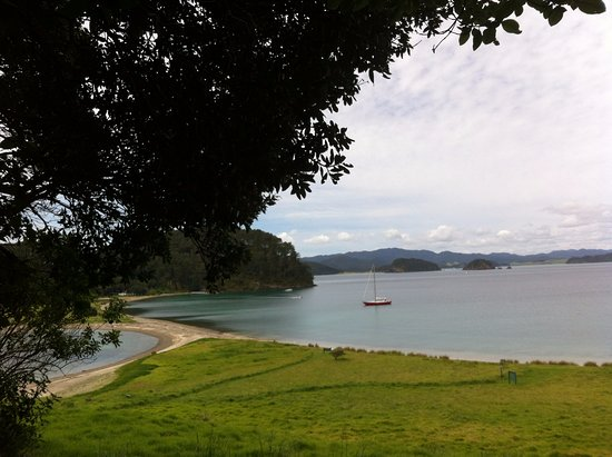 Russell, نيوزيلندا: Roberton Island