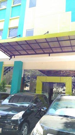 Hotel Tiatira Kencana