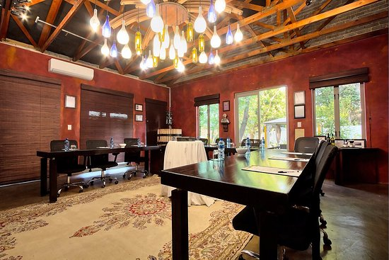 Rivonia, Zuid-Afrika: Conference/Meeting Room in our Wine Cellar