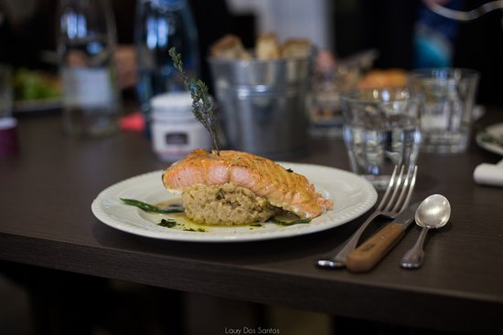 Saint-Andre-de-Sangonis, Франция: Saumon et risotto crémeux