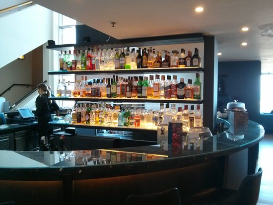 Sheraton Tel Aviv Hotel: Lobby bar