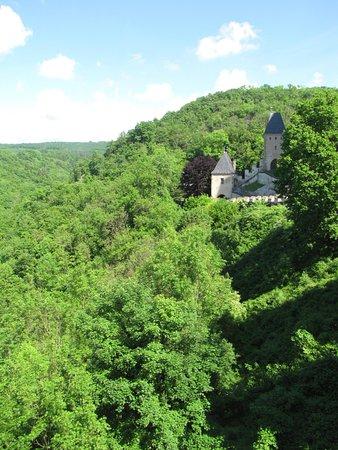 Karlstejn, République tchèque : вид с замка Карлштейн