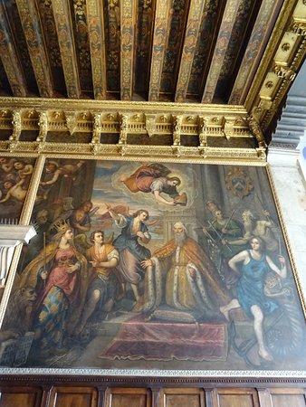Plafond Et Peinture De La Salle Du Grand Conseil  Photo De Palazzo