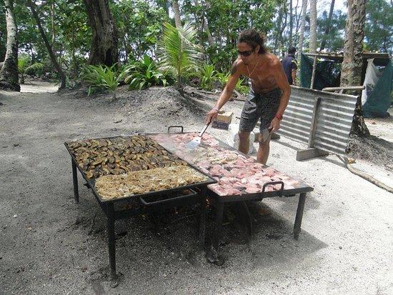 Muri, Cook Eilanden: Unser BBQ am Strand