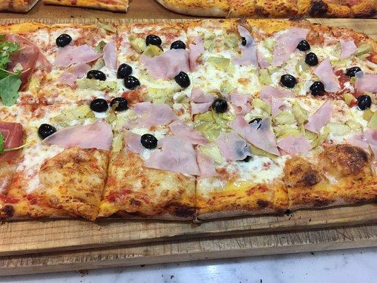Fucecchio, إيطاليا: Pizza e Sfizi