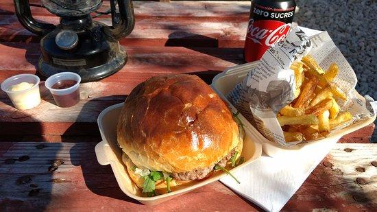 Allauch, Francia: Dude Burger