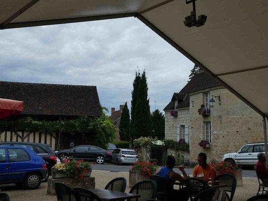 Lavardin, France : La terrasse