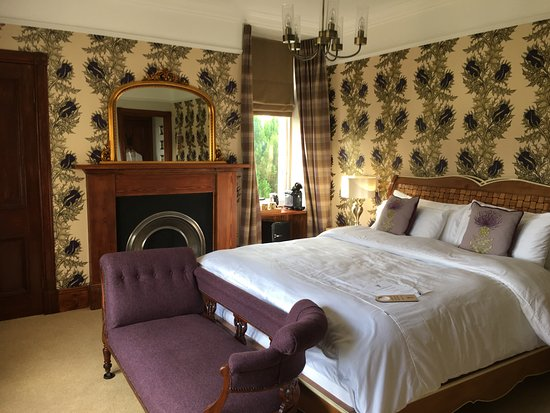 Grantown-on-Spey, UK: Our Luxury Spey Room with super king size Walnut bed