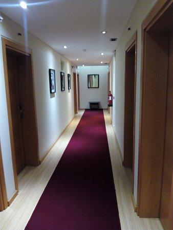 Hotel Mestre Afonso Domingues: Acesso aos quartos