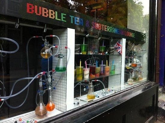 Bubbleology: Vetrina