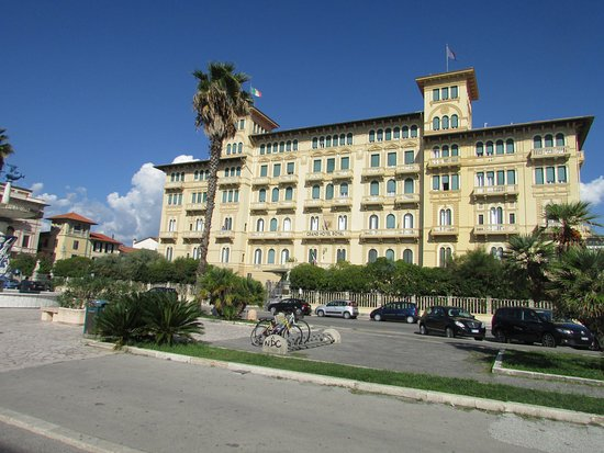 BW Premier Collection Grand Hotel Royal Image