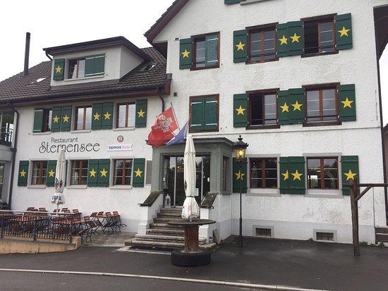 Richterswil, Schweiz: Von außen