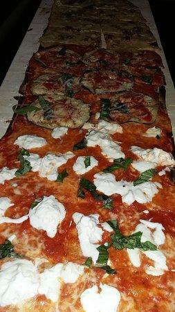 Fiano Romano, Italia: pizza alla pala del BEEF