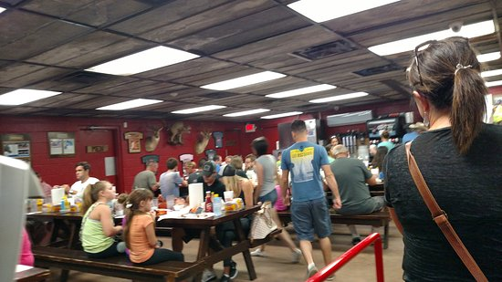 Llano, Техас: Cooper's Old Time Pit Bar-B-Que