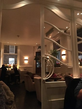 Well done interior design Warm lighting Lovely woodwork Picture