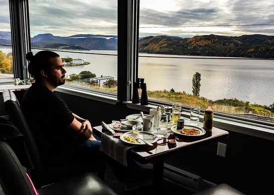 Woody Point, Канада: Breakfast with a view