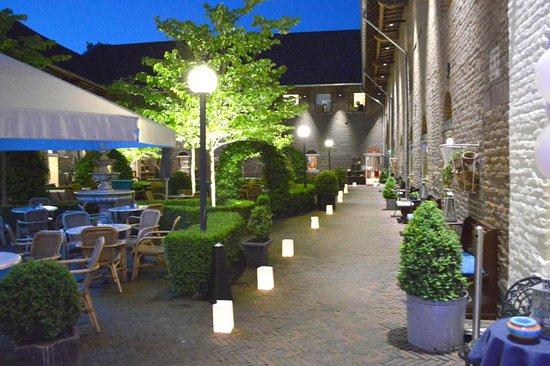 Heerlen, The Netherlands: Sfeervol Binnenhof