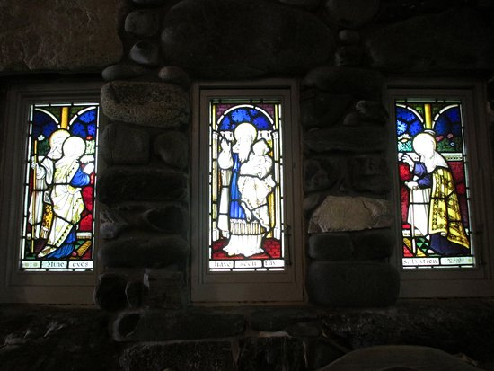 Kennebunkport, ME: Stained Glass Windows