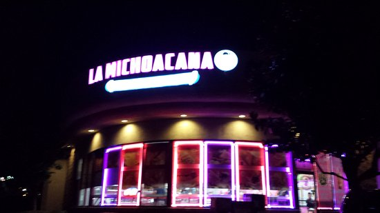 Lake Elsinore, CA: La Michoacana Ice Cream