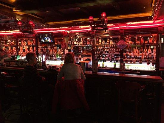 Arlington Hotel and Knightsbridge Bar : photo0.jpg