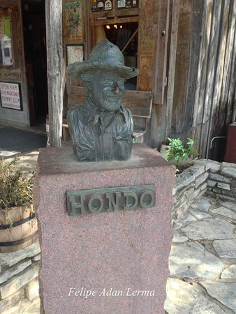 Statue of Hondo at Luckenbach Texas.