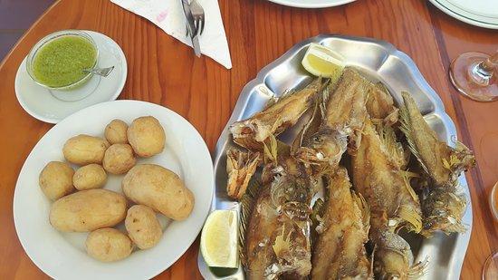 Playa Mont: Pescado fresco y servicio inmejorable!