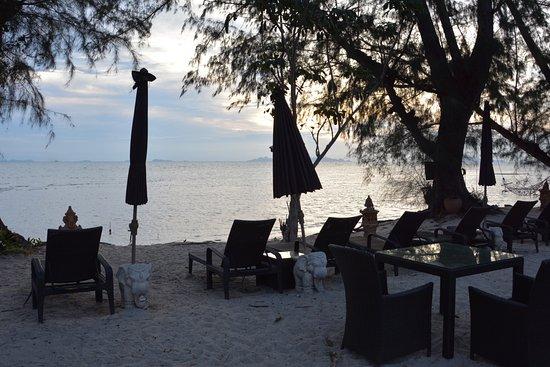 Lipa Noi, Thailand: Strandbereich