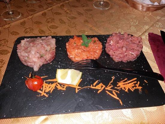 Capoterra, Italy: tris di tartare( tonno, spada salmone)