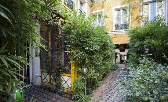 Les Patios Du Marais Updated 2017 Prices Amp Condominium