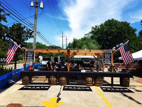 Milford, MI: Local Brewery Catering Setup