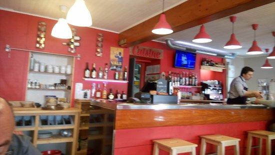 L'Isle-d'Abeau, ฝรั่งเศส: L'interno