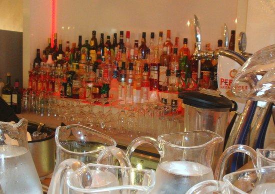 Ornex, Francia: Bar