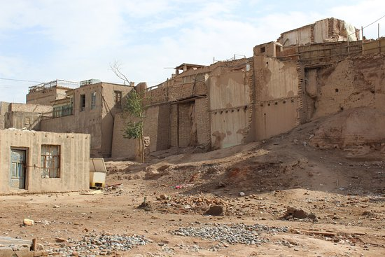 Kashi, Chine : How many camel caravans?